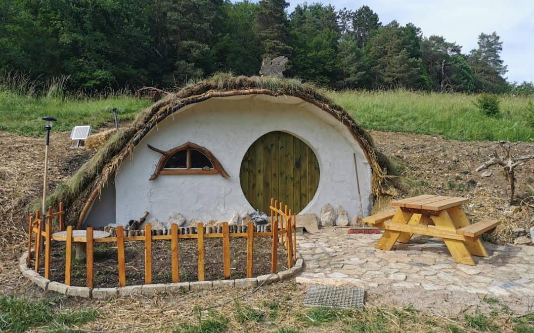 """Uniek verblijfplekje op Lothlorien """"Het Hobbithuisje"""""""